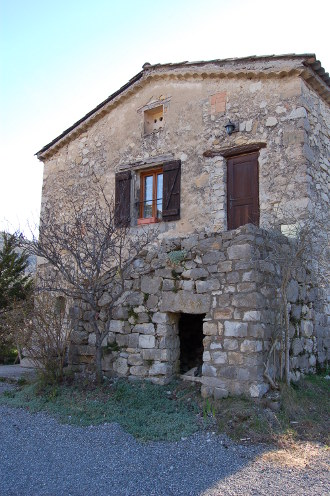 chateauneuf-chabre-1